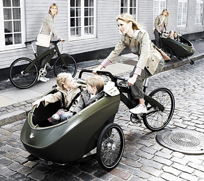 triobike with copenhagen bike babe mommy