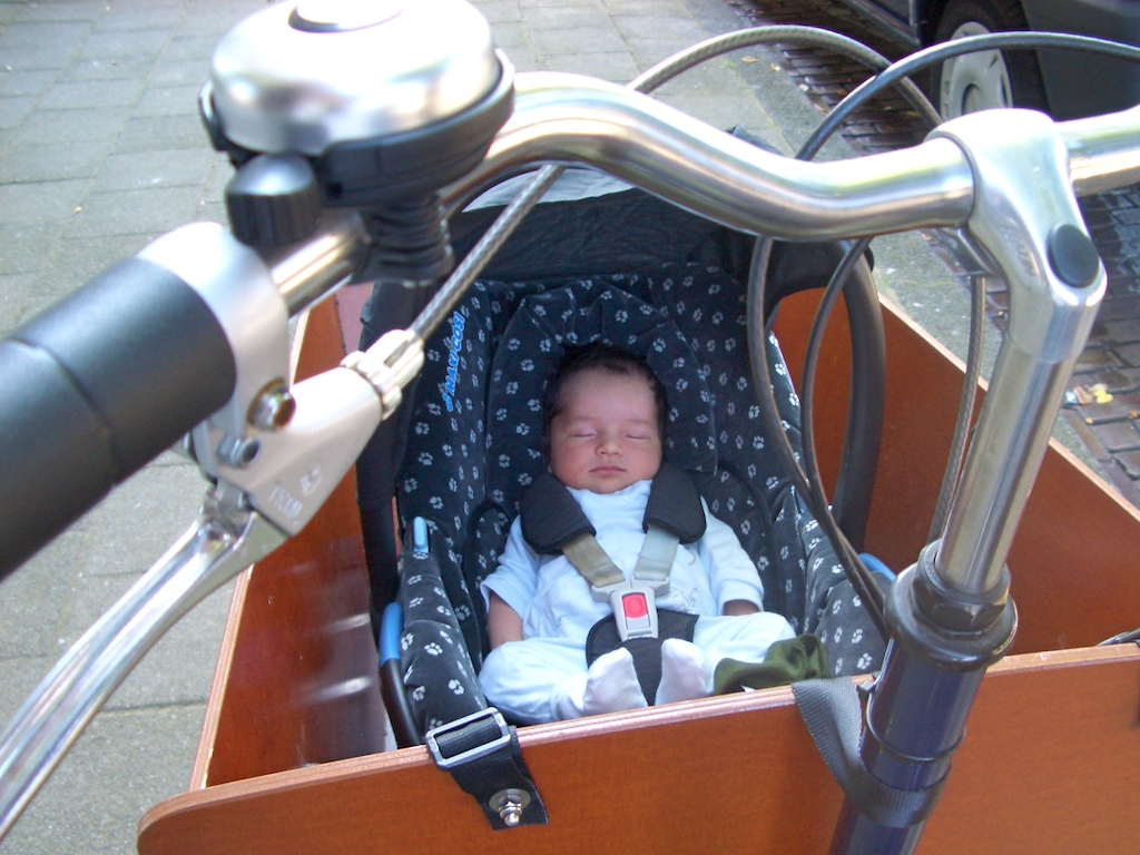 pascal-4-weeks-in-bakfiets1